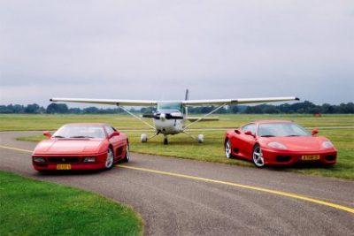 Belevenissennl Combi Cessna Vlucht En Ferrari Rijden